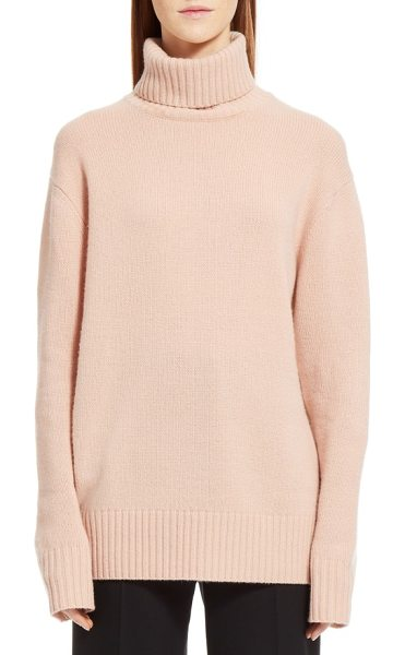 Chloe colorblock cashmere turtleneck sweater in pink/ beige - Ballet pink at the front and pale sand-colored at the...