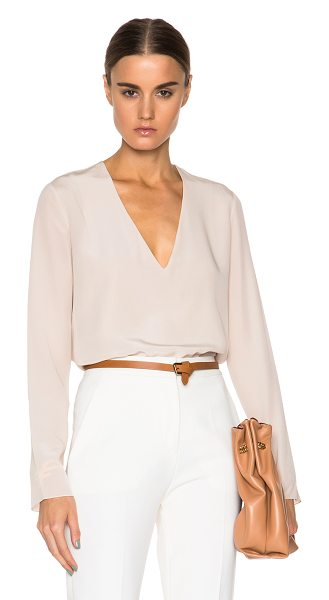 Chloe Deep v blouse in neutrals