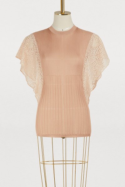 Chloe Lace sleeves top in pansy pink - Natacha Ramsay-Levi's collection for Chloé overflows...