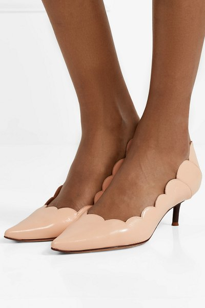 Chloe lauren scalloped glossed-leather pumps in blush