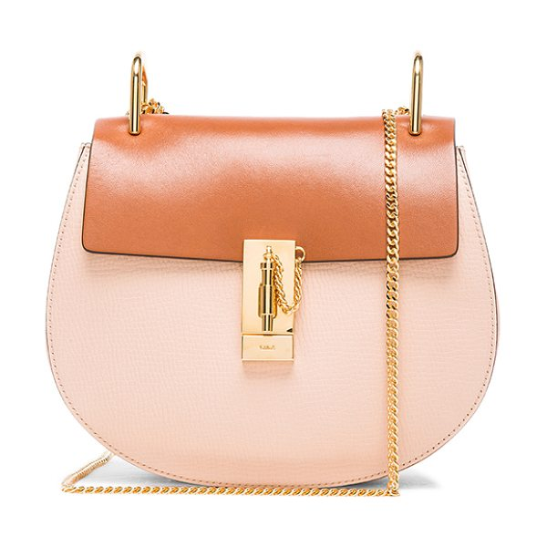 Chloe Small drew bag in neutrals - Grained calfskin leather with raw lining and gold-tone...