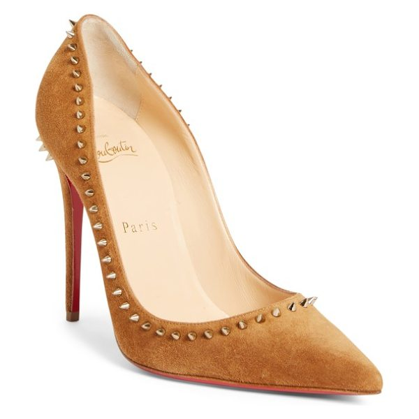 Christian Louboutin anjalina pump in brown suede - Sharp golden spikes form an edgy halo around the...