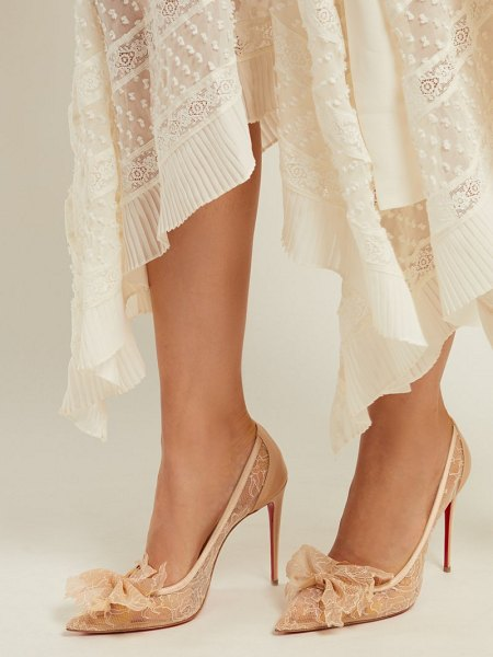 Christian Louboutin delicatissima 100 lace pumps in nude - Christian Louboutin - Christian Louboutin's light beige...