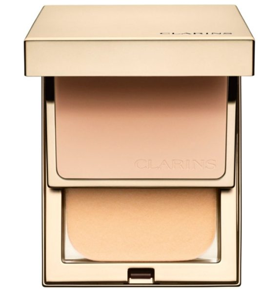 Clarins everlasting compact foundation spf 9 in 107 beige - What it is: A 15-hour, matte-finish compact foundation....