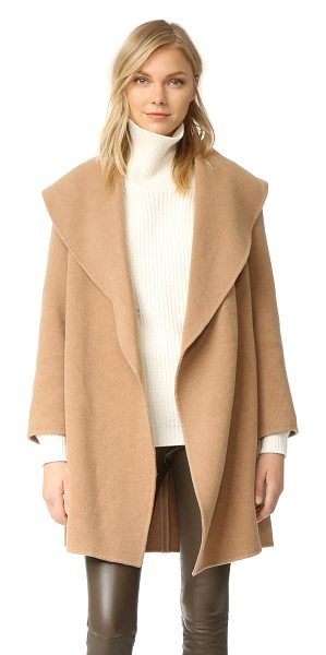 CLUB MONACO kimana coat in new camel - An unstructured Club Monaco topcoat with an oversized...