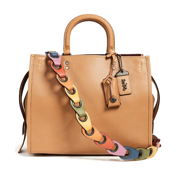 COACH 1941 rogue bag with  link strap in light saddle multi - Ideal for everyday use, this Coach 1941 bag is both...
