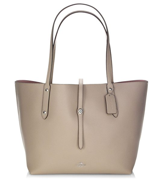 COACH polished pebbled leather market tote in silverstone - Voluminous market tote cut in pebbled leather. Double...