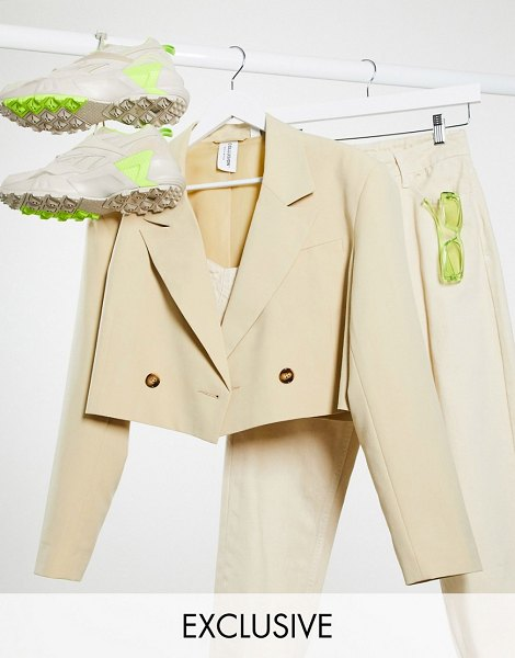 Collusion cropped blazer in tan-pink in pink