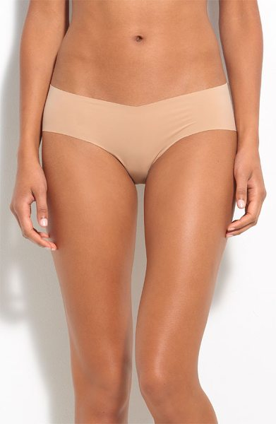 Commando girlshorts in true nude