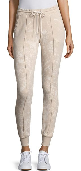 COTTON CITIZEN milan jogger pants in sanddust - On-trend joggers crafted with front seam detailing....