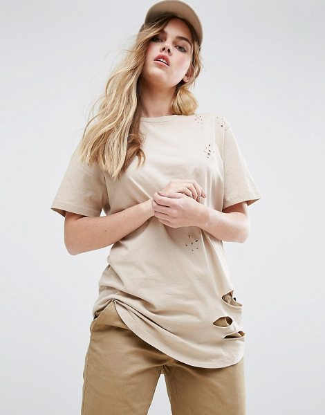 "Criminal Damage Shoreditch T-Shirt in cream - """"Top by Criminal Damage, Cotton jersey, Distressed..."