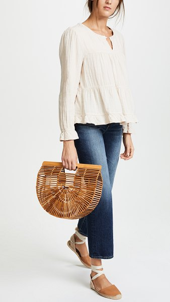 Cult Gaia gaia ark bag in natural - This wooden Cult Gaia tote is detailed with a lattice...