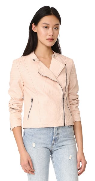 cupcakes and cashmere dax vegan pebbled moto jacket in pale peach