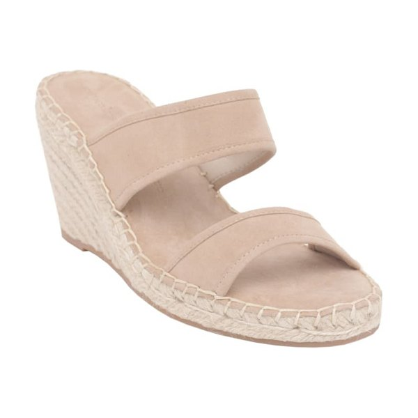 cupcakes and cashmere nalene wedge sandal in beige