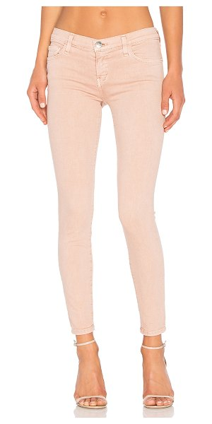 Current/Elliott The Stiletto in rose dust - 89% cotton 8% poly 3% elastane. 12 at the knee narrows...