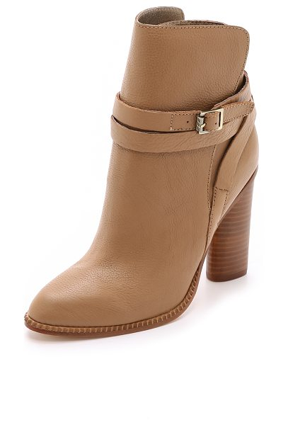 CYNTHIA VINCENT Hue booties - Cynthia Vincent booties in sturdy leather. A slim,...