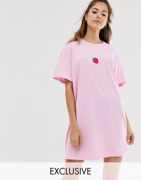 Daisy Street oversized t-shirt dress with strawberry embroidery-pink in pink