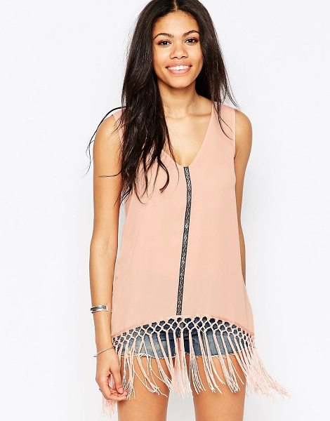 DAISY STREET Tank top with tassel hem in pink - Top by Daisy Street Smooth woven fabric V-neckline...