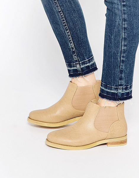 DAISY STREET Weathered tan chelsea boots - Boots by Daisy Street Textured leather-look upper...