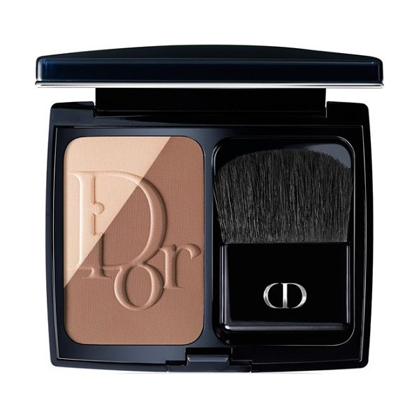 Dior blush sculpt contouring powder blush in 004 brown contour - What it is: The first contouring blush by Dior,...