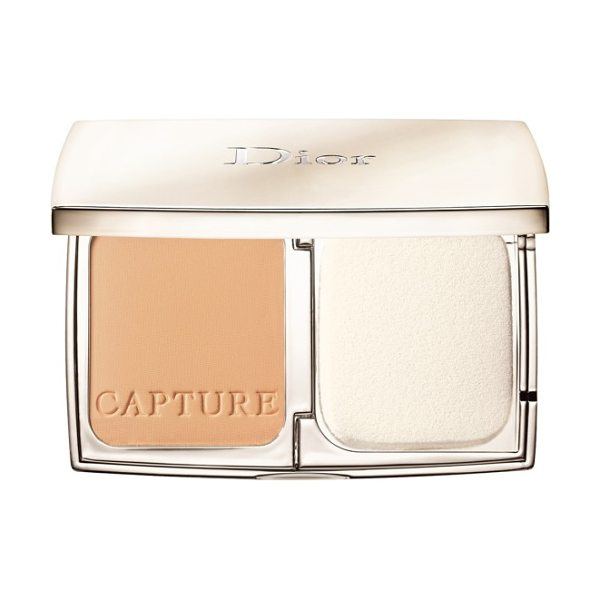 DIOR capture totale powder foundation compact - Through the innovative combination of Capture Totale...