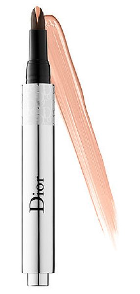 Dior flash luminizer radiance booster pen 003 apricot 0.09 oz/ 2.66 ml - An illuminating pen inspired by the lighting techniques...