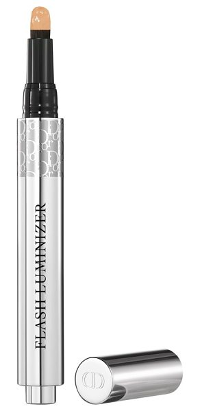 Dior flash luminizer radiance booster pen in 025 vanilla - Dior Flash Luminizer Radiance Booster Pen delivers...