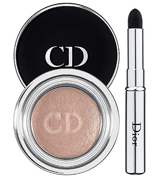 DIOR fusion mono eyeshadow 821 chimere 0.22 oz/ 6.5 g - An eye shadow with a weightless finish that blends onto...