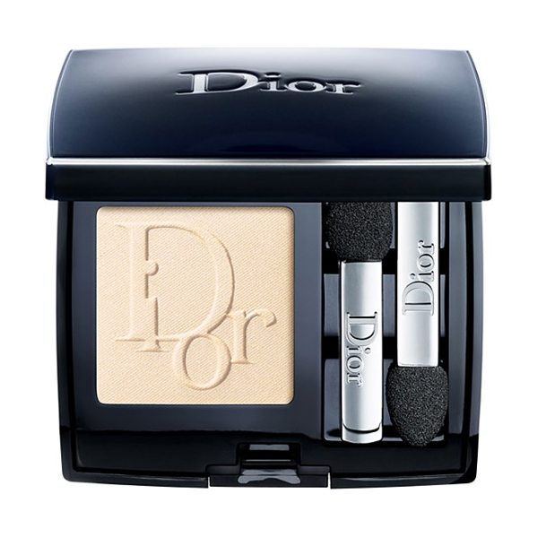Dior Show mono wet & dry eyeshadow in nude 506 - With their irresistible embossed logomania motif, the...