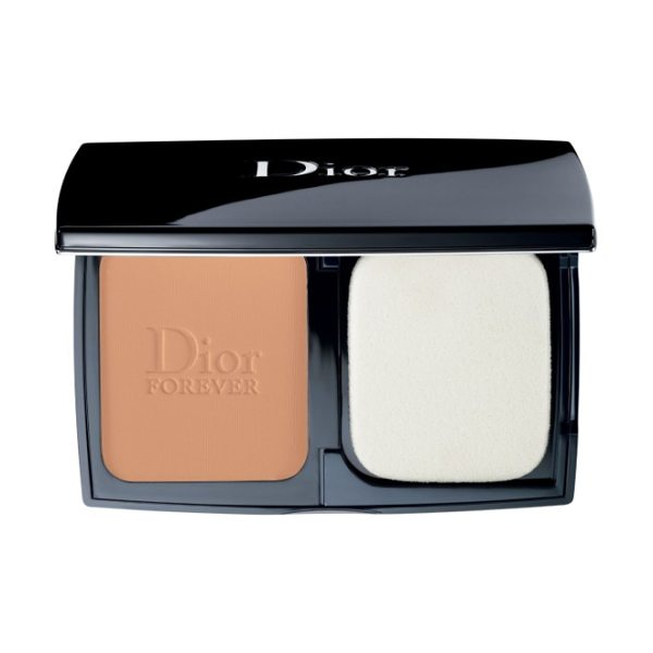 Dior skin forever extreme control in 035 desert beige - What it is: A long-wearing, pore-refining and...