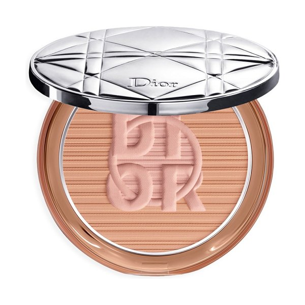 Dior skin mineral nude bronze powder in bronze,