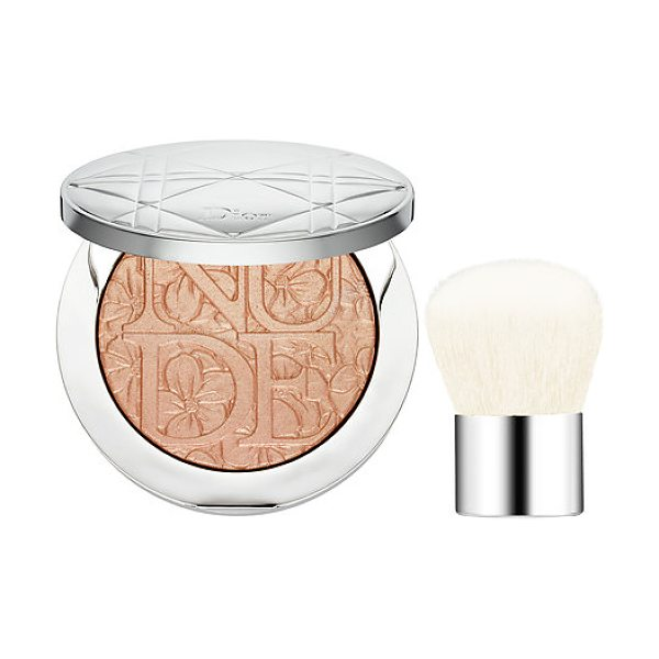 Dior skin nude air glowing gardens illuminating powder 002 glowing nude - An illuminating powder and mini kabuki brush to sculpt...