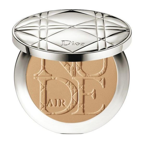 Dior skin nude air healthy glow invisible powder in 040 honey beige - Diorskin Nude Air Healthy Glow Invisible Powder is an...