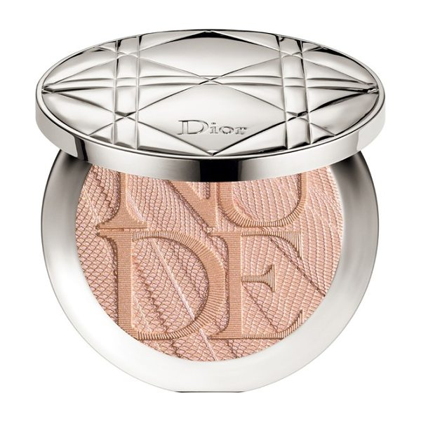 Dior skin nude air luminizer glow addict holographic sculpting powder in 002 holo gold - What it is: An intensely glowing luminizer that sculpts...