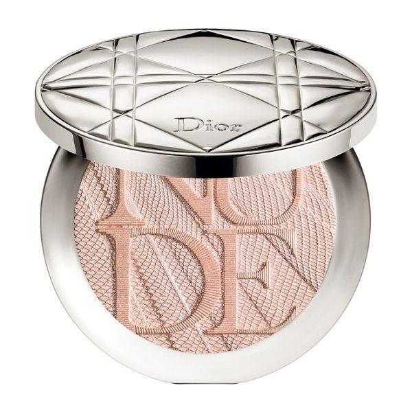 Dior skin nude air luminizer glow addict holographic sculpting powder in 001 holo pink - What it is: An intensely glowing luminizer that sculpts...