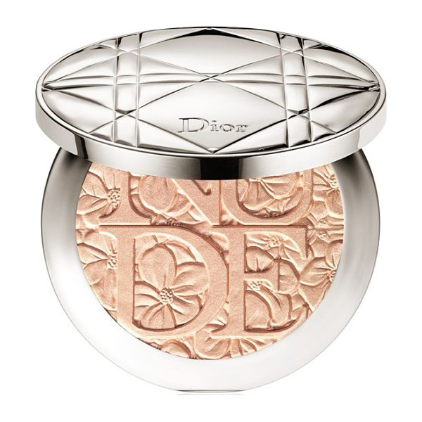 DIOR Skin nude air in 002 glowing nude - To sculpt your face with touches of light, Diorskin Nude...