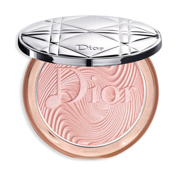 Dior the skin nude luminizer glow vibes highlighter in coral vibes