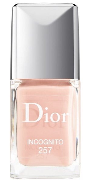 Dior vernis gel shine & long wear nail lacquer in 257 incognito - What it is: Dior Vernis Gel Shine and Long Wear Nail...