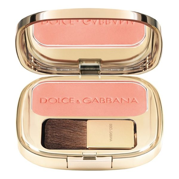 Dolce & Gabbana luminous cheek color blush in nude 10 - Highlight your cheekbones while adding depth and contour...