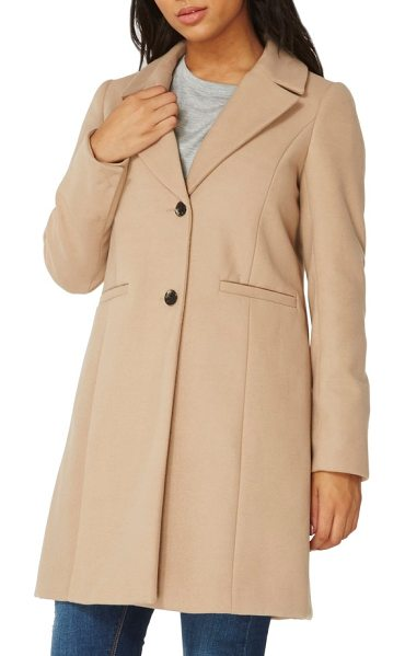 DOROTHY PERKINS single breasted coat in camel - With a silhouette inspired by classic crombie-style...