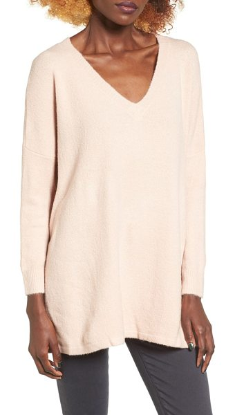 DREAMERS BY DEBUT v-neck tunic in blush - Dropped shoulders and oversized proportions enhance the...