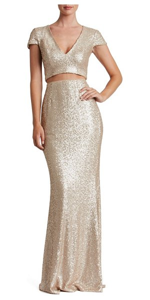 Dress the Population cara two-piece gown in pale blush - Bring out that figure in a modern evening gown doused in...