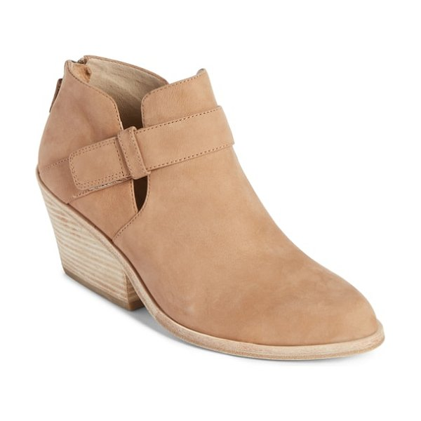 Eileen Fisher ives bootie in brown - Instantly styleable and sophisticated, an ankle bootie...