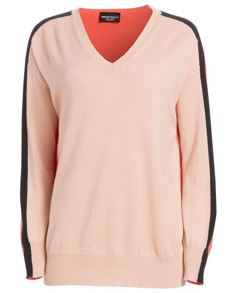Emporio Armani cashmere dual color sweater in light rose - Cashmere assumes a relaxed attitude in long sleeve...