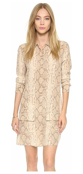 Equipment Lucida dress in khaki - A simple silk Equipment shirtdress feels exotic in...