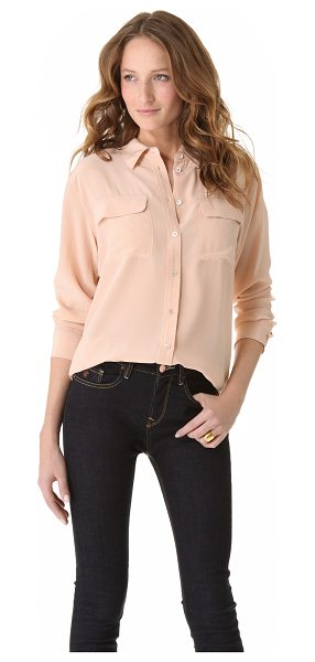 EQUIPMENT signature blouse - This long-sleeve washed-silk blouse features a fold-over...