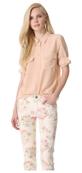 Equipment slim signature blouse in nude - Equipment's slim-fit signature blouse, rendered in cool...