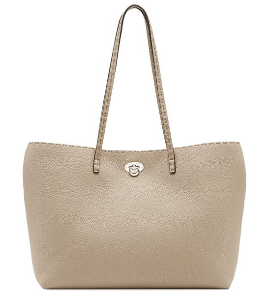 Fendi carla east-west leather tote in beige
