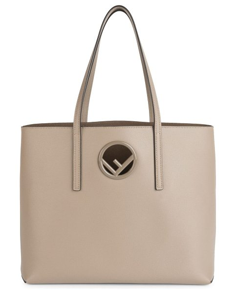Fendi classic leather shopper in taupe - Leather shopper embellished with classic logo. Double...