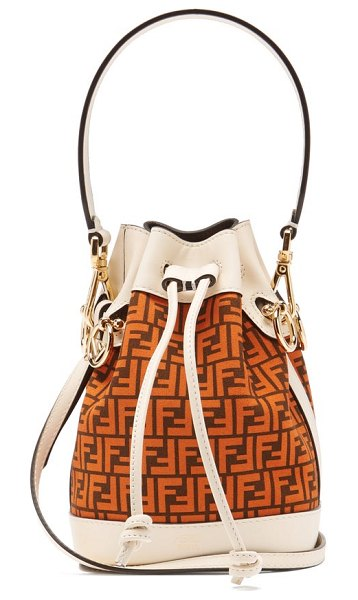 Fendi mon tresor mini ff-logo leather bucket bag in tan white
